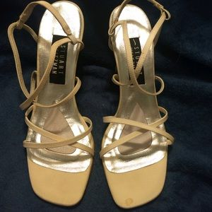 Stuart Wietzman Womens Heels New in Box